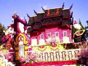 Carroza en el Festival de las Flores de Chiang Mai